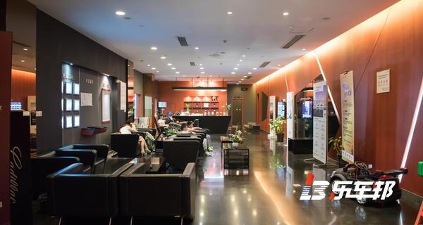 南京华海凯迪拉克4S店